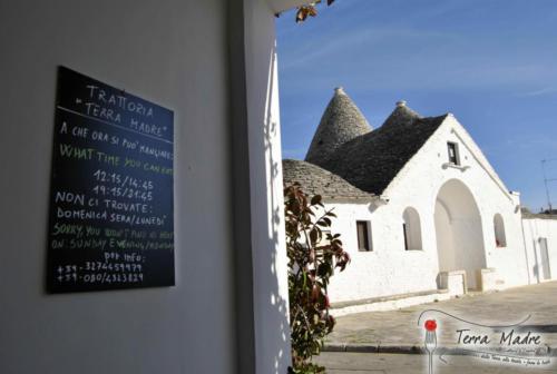 Trattoria-Terra-Madre-Alberobello-2